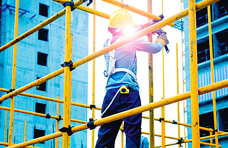 Employees rewarded for safe scaffolding practices