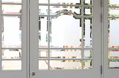 A stylish entrance: Lomax + Wood London refit