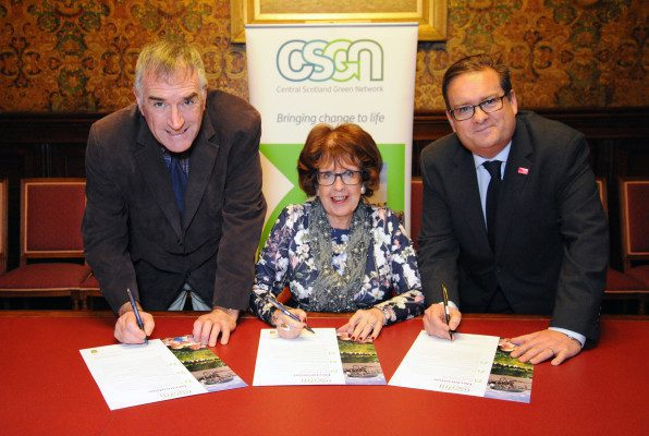 Glasgow City Council signs Green Network concordat