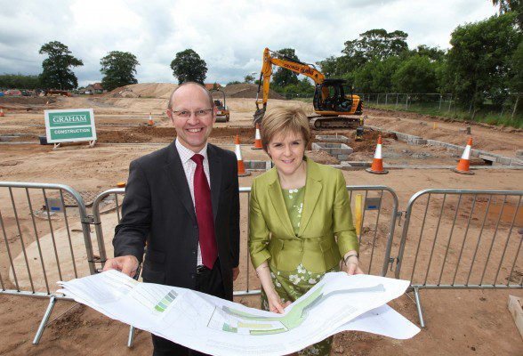 First Minister breaks ground on Stratheden project