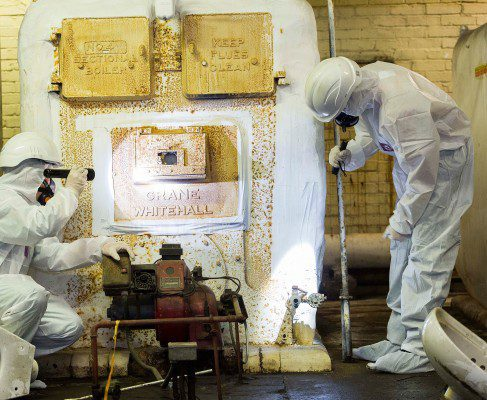 Construction workers offered asbestos awareness course