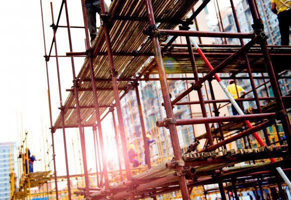 Rise of 13,000  Scottish construction jobs in 2015
