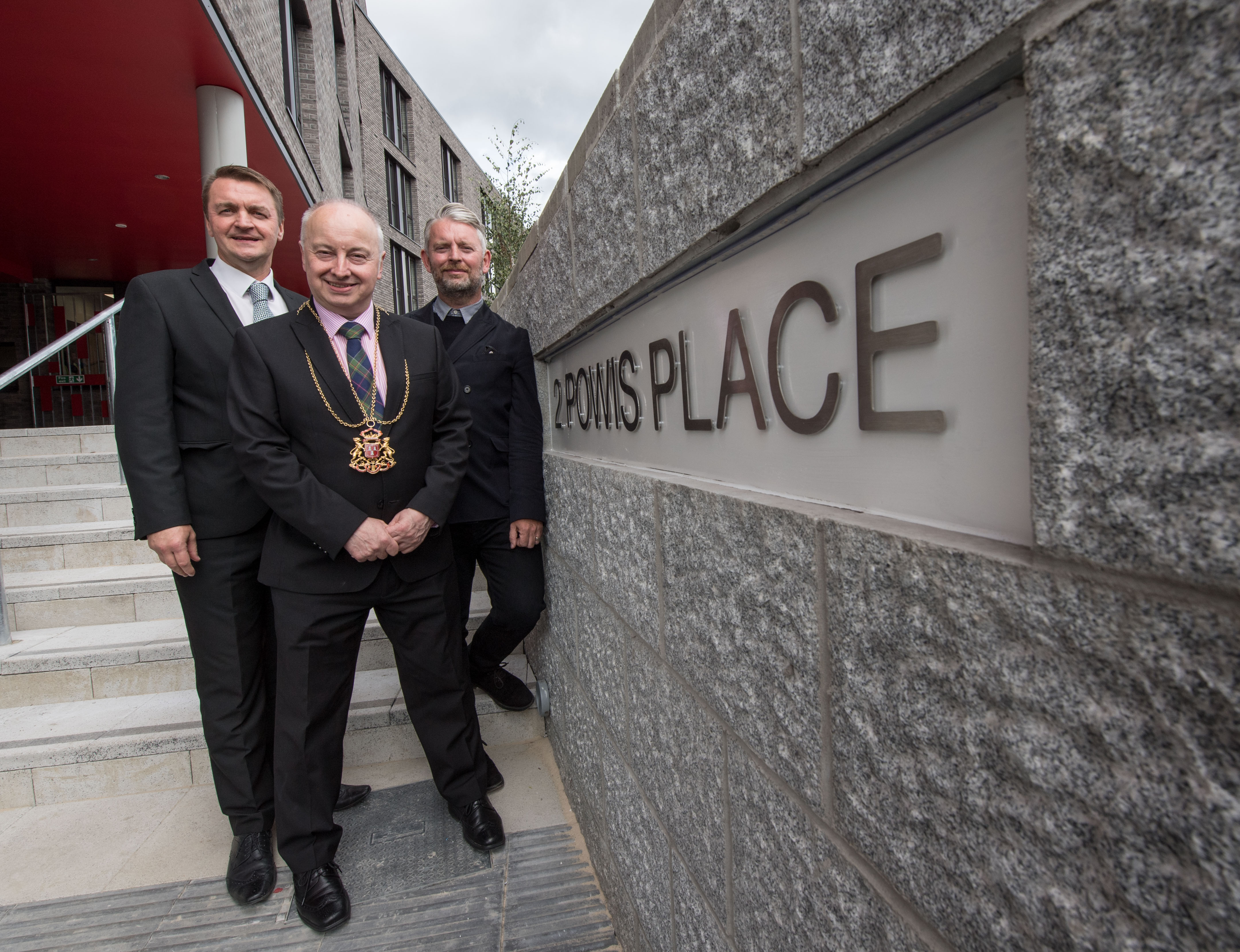 Aberdeen, Thursday 1st September 2016 New students move in as £11m development opens at Powis Place Sean O'Callaghan, area operations director at Kier Construction Scotland, Lord Provost George Adam and Alumno Developments Managing Director David Campbell.   Picture by Michal Wachucik / Abermedia