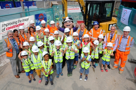 press-release_honor-goodsite-launch_photograph_small
