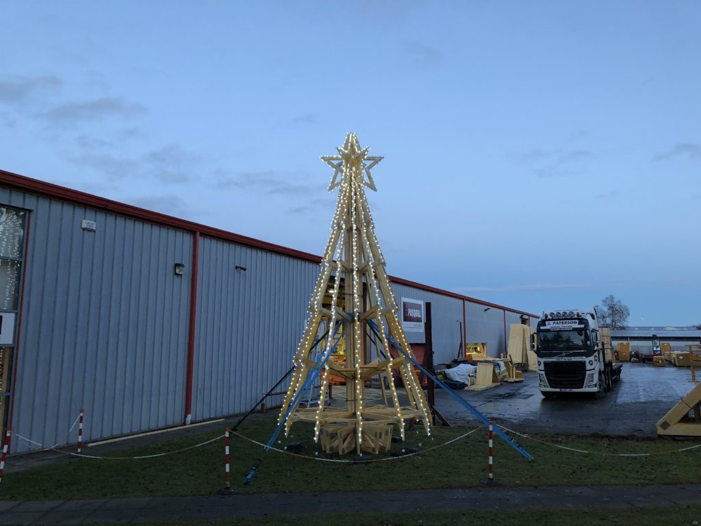 Roofing Supplier S Trussmas Tree Wows In Inverness